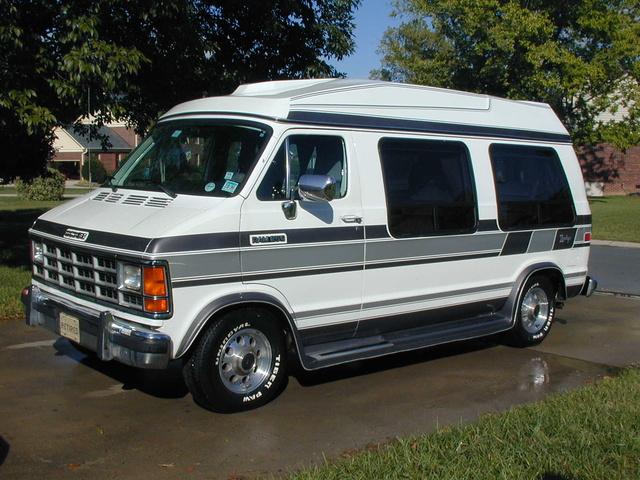 1992 Dodge Ram Van - Pictures