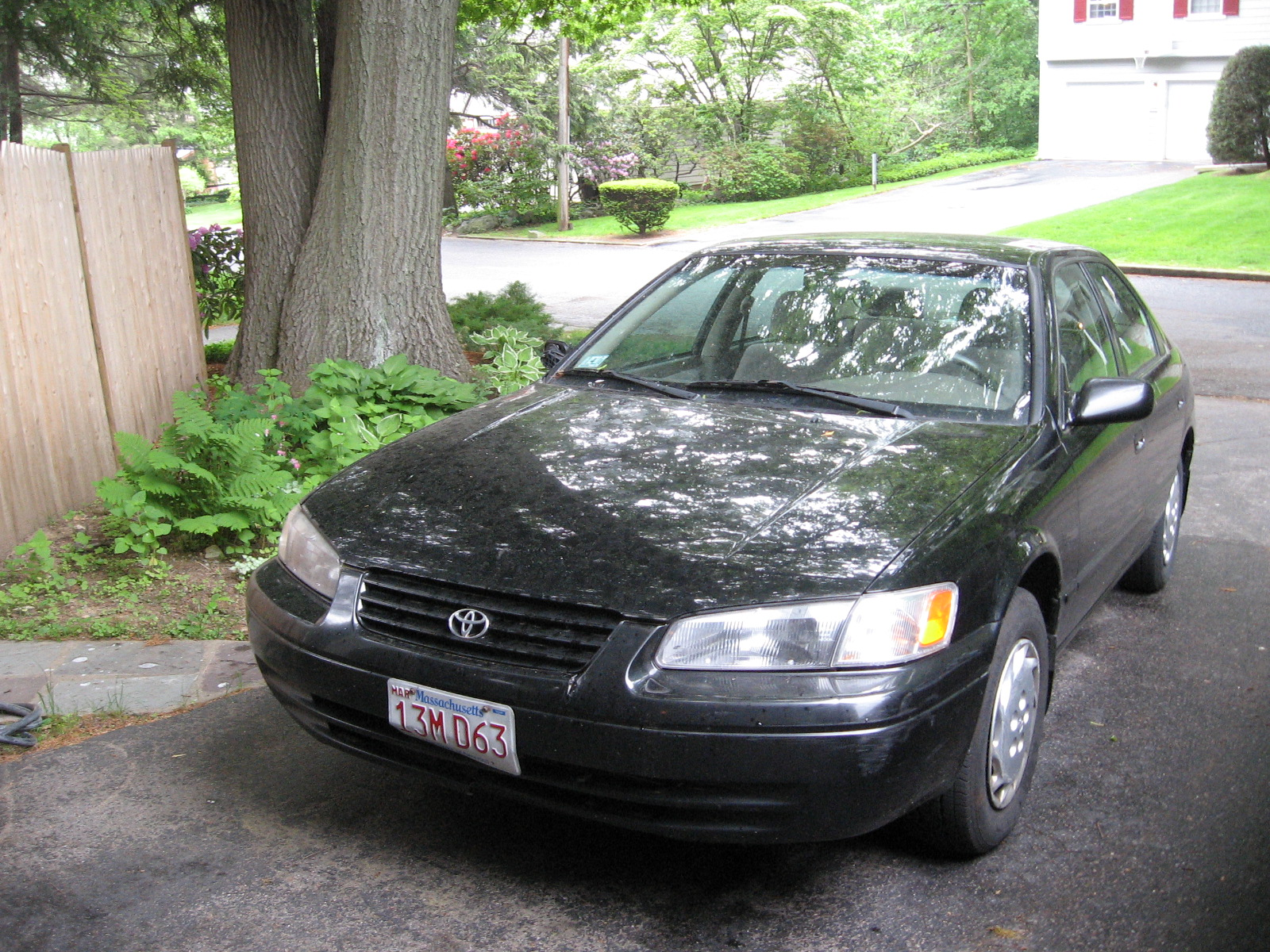 1997 Toyota Camry XLE, My (1997 Toyota Camry 4 Dr XLE Sedan) in my driveway in Arlington,MA.  Picture Taken: 05-31-08, exterior
