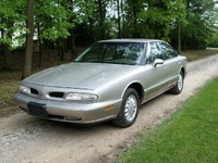1994 Oldsmobile Eighty-Eight Royale 4 Dr LS Sedan picture