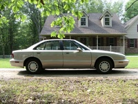 Picture of 1994 Oldsmobile Eighty-Eight Royale 4 Dr LS Sedan