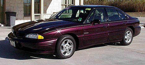 Picture of 1997 Pontiac Bonneville