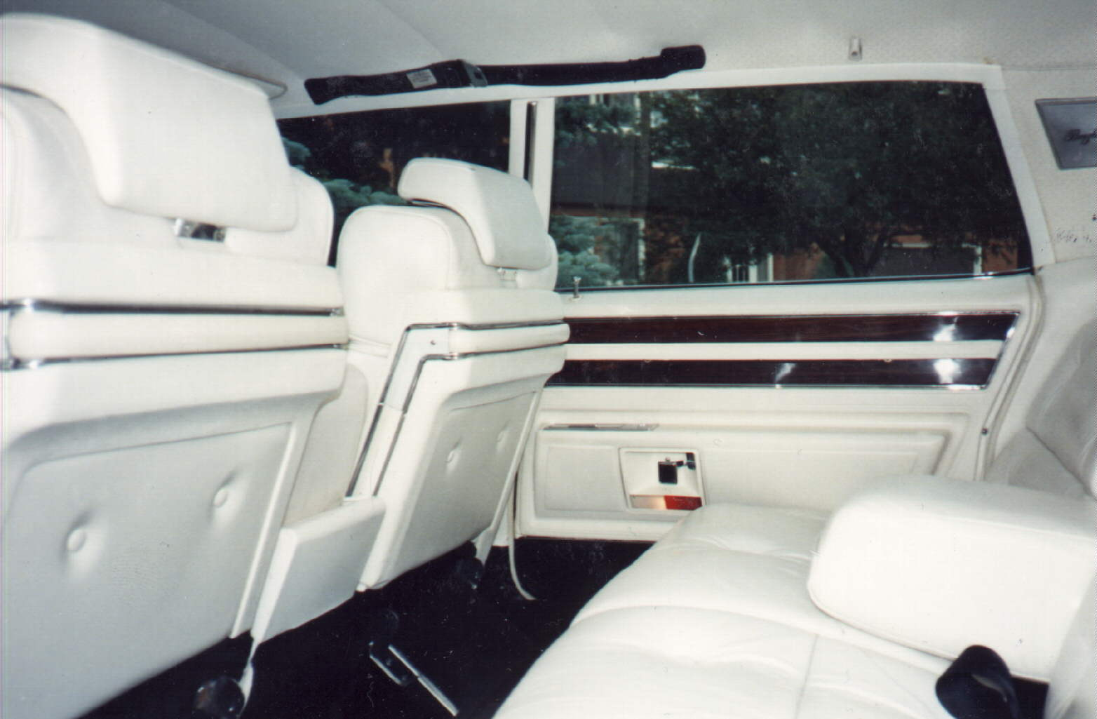 1969 Cadillac Fleetwood picture, interior