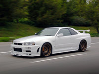 2002 Nissan Skyline Picture Gallery