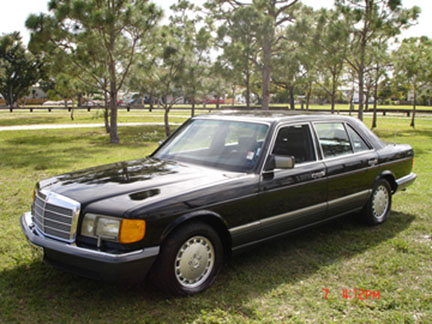 1990 Mercedes-Benz 420-Class 4 Dr 420SEL Sedan picture