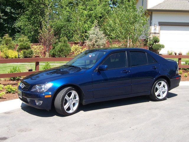 Picture of 2004 Lexus IS 200t