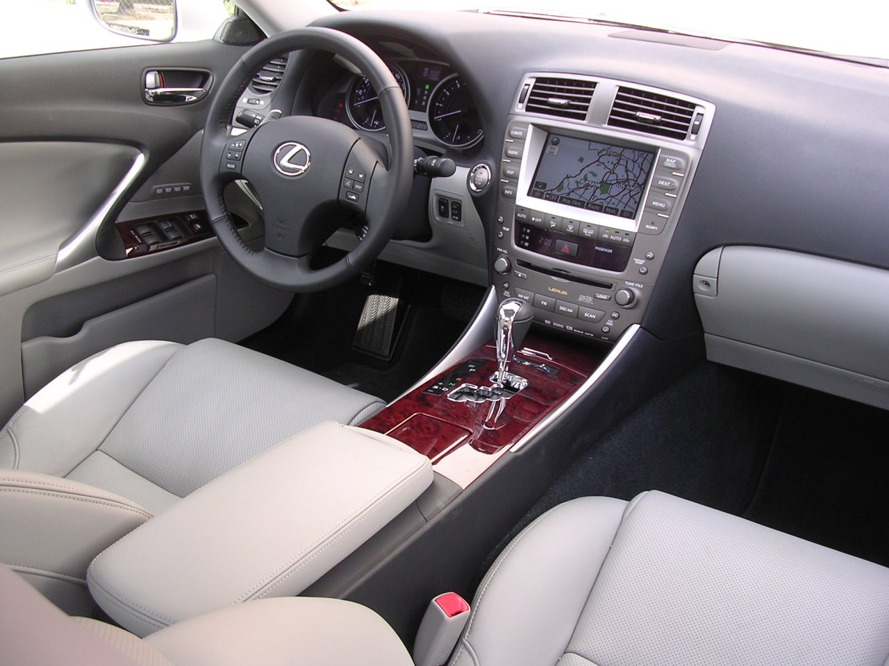 2007 lexus is 350 interior pictures cargurus. Black Bedroom Furniture Sets. Home Design Ideas