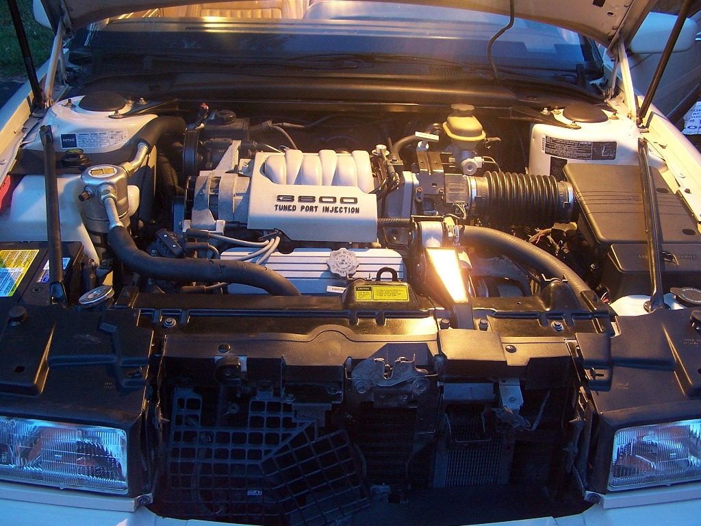 Picture of 1991 Buick Riviera Coupe, engine