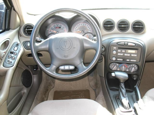 2005 Pontiac Grand Am Interior Pictures Cargurus