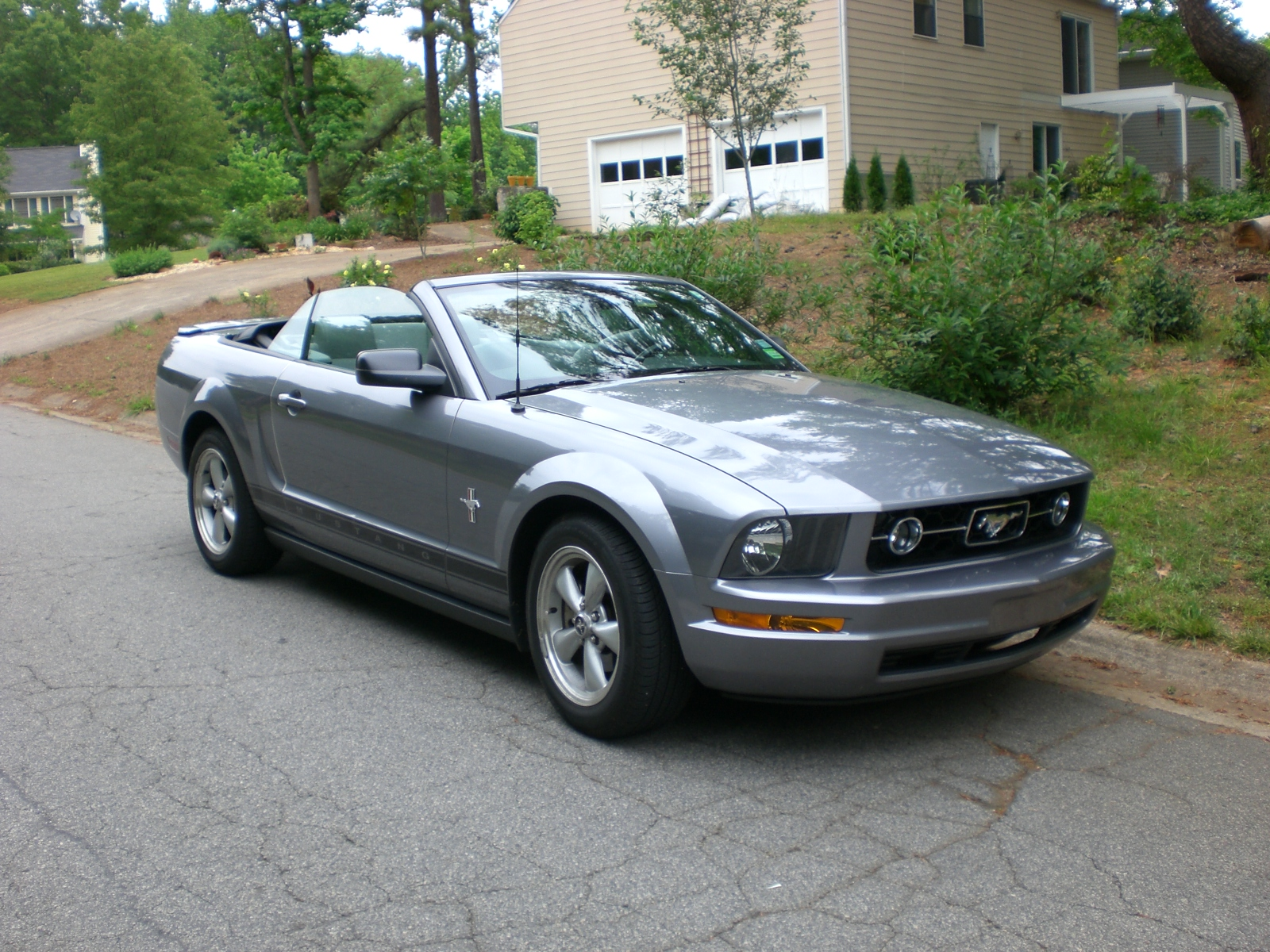 2007 ford mustang v6 convertible car wallpaper