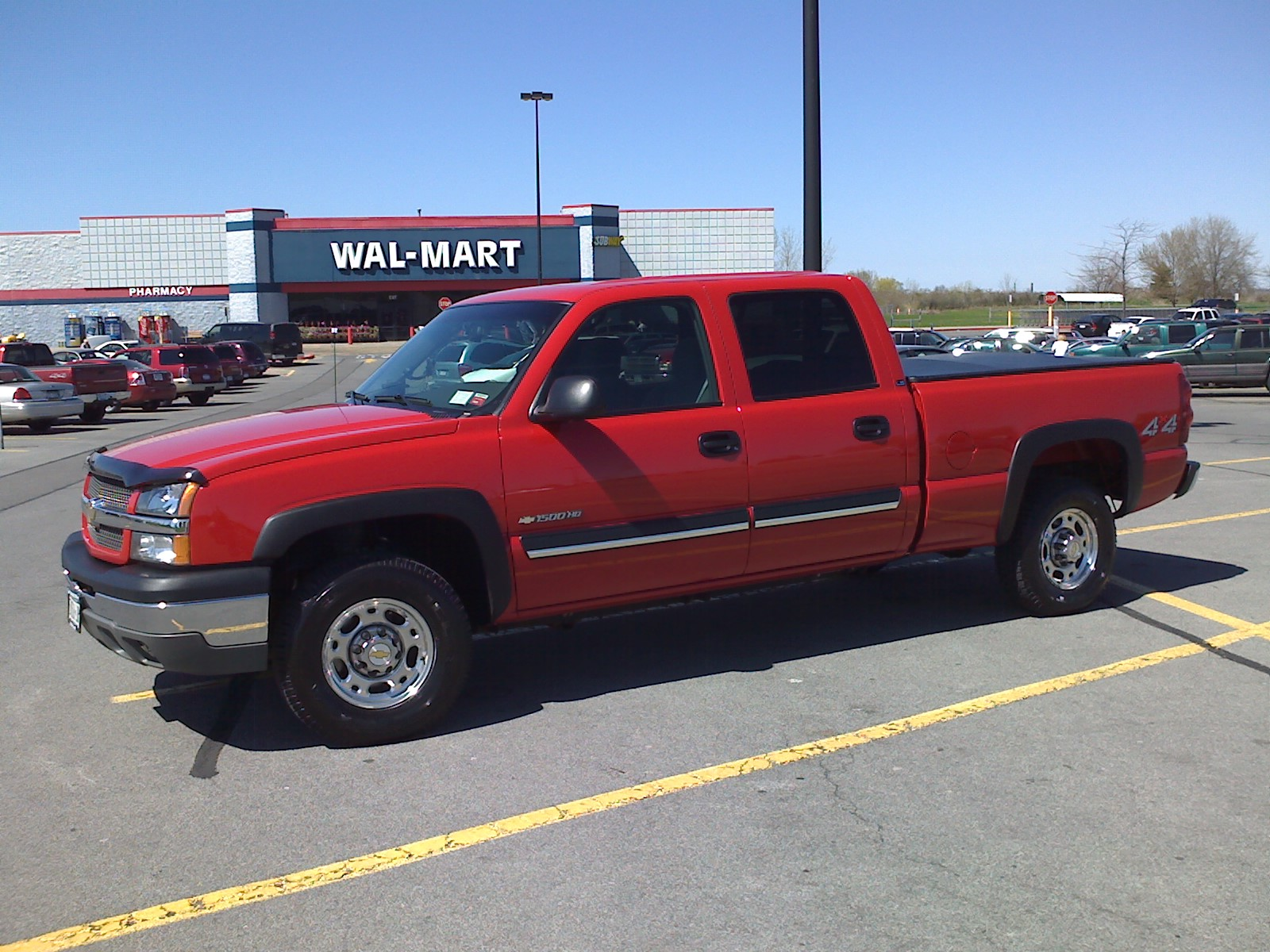 2003 Chevrolet Silverado 1500HD LS Crew Cab Short Bed 4WD picture, exterior