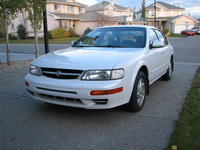 1997 Nissan Maxima Picture Gallery