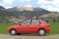 1995 Mazda 121 Overview