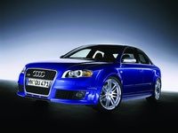 2007 Audi RS 4 Overview