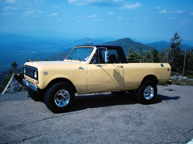 Picture of 1980 International Harvester Scout