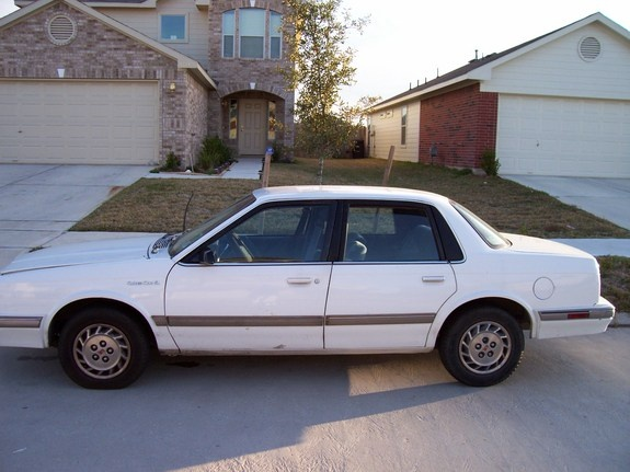 Picture of 1991 Oldsmobile Cutlass Ciera