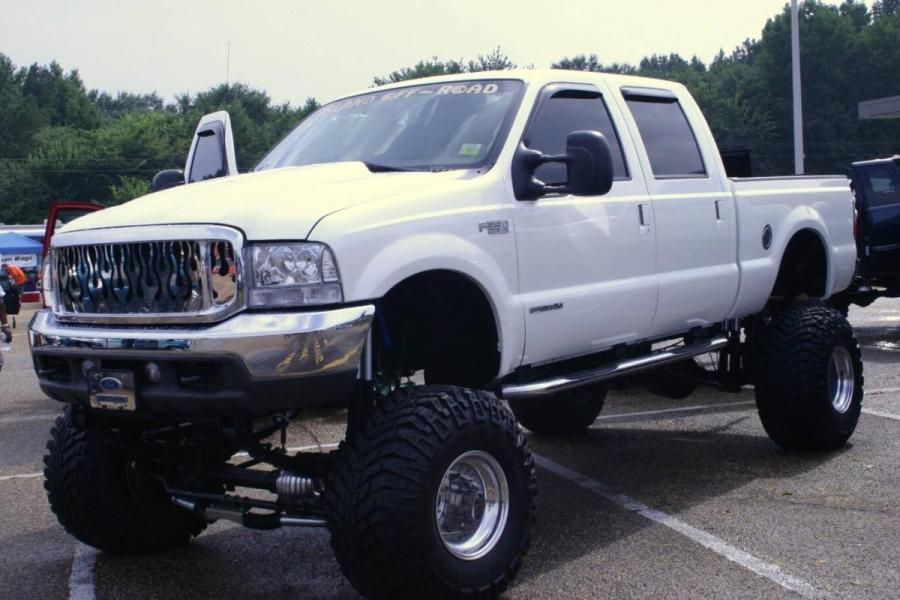 2008 Ford F-350 Super Duty XL 4WD picture