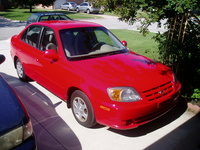 2005 Hyundai Accent Picture Gallery
