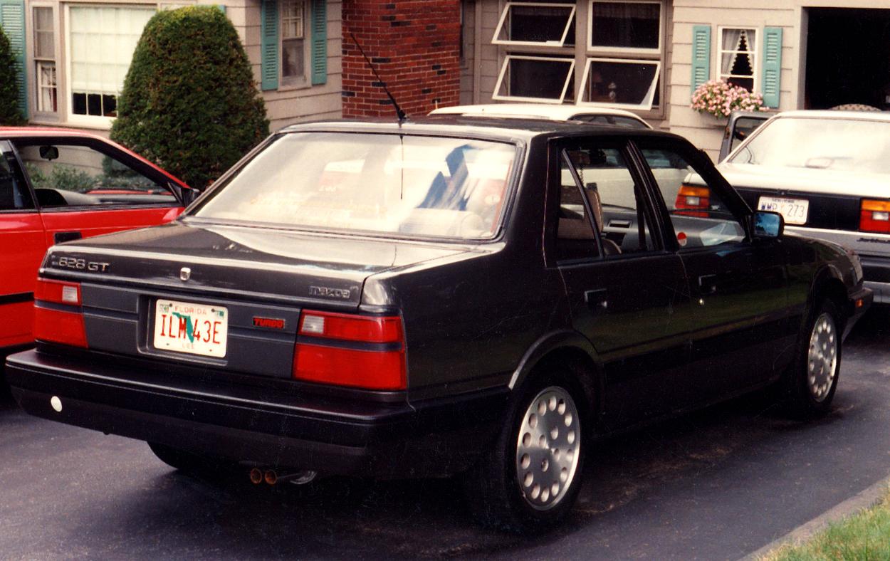 Мазда 626 1986 года фото