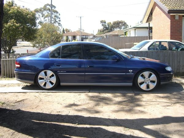 Picture of 1999 Holden Calais, exterior