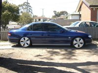 1999 Holden Calais Overview
