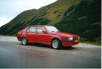 1992 Alfa Romeo 75 Overview