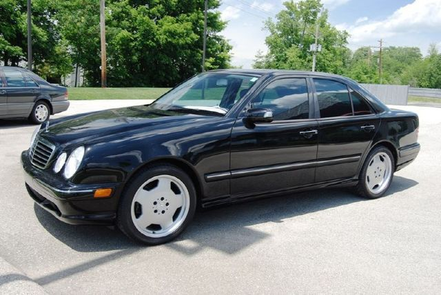 2000 mercedes benz e55 amg automotive news. Black Bedroom Furniture Sets. Home Design Ideas