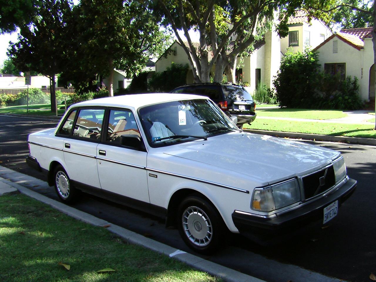 Volvo 240 Wagon - Classic Volvo 240 1991 for sale   1991 Volvo 240 Wagon