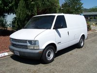 2000 Chevrolet Astro Overview