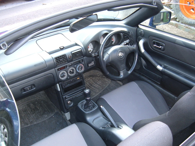 2000 toyota mr2 spyder interior pictures cargurus for Mr trim convertible tops and interiors