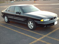 1998 Pontiac Bonneville Overview
