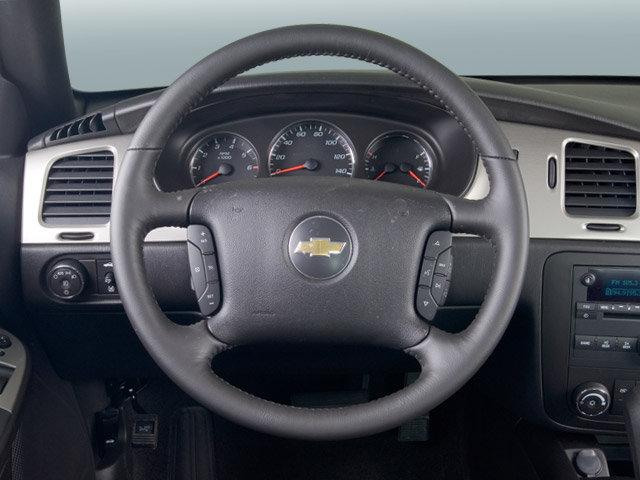 2003 Chevrolet Tahoe >> 2007 Chevrolet Monte Carlo - Interior Pictures - CarGurus