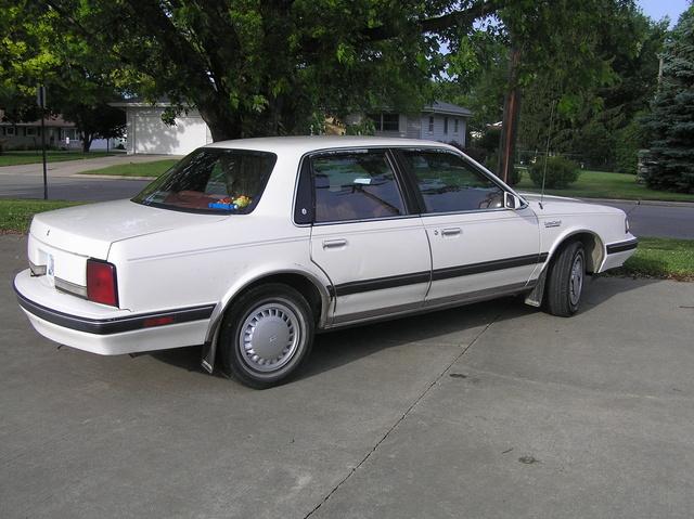 Oldsmobile Cutlass Ciera Dr S Sedan Pic X