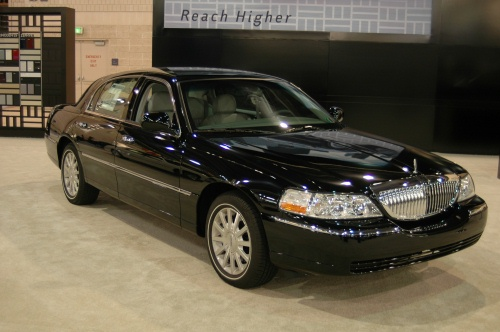 2008 lincoln town car exterior pictures cargurus. Black Bedroom Furniture Sets. Home Design Ideas