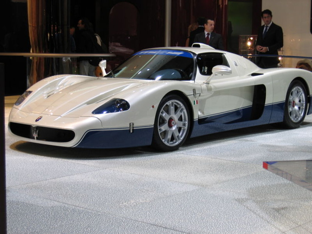 Picture of 2005 Maserati MC12