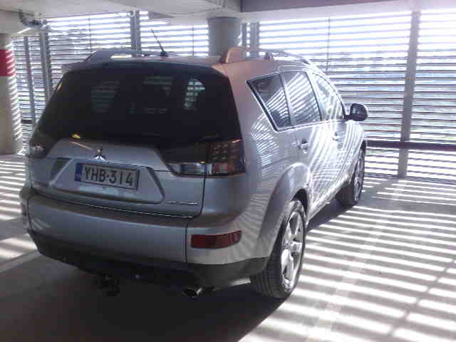 Picture of 2008 Mitsubishi Outlander