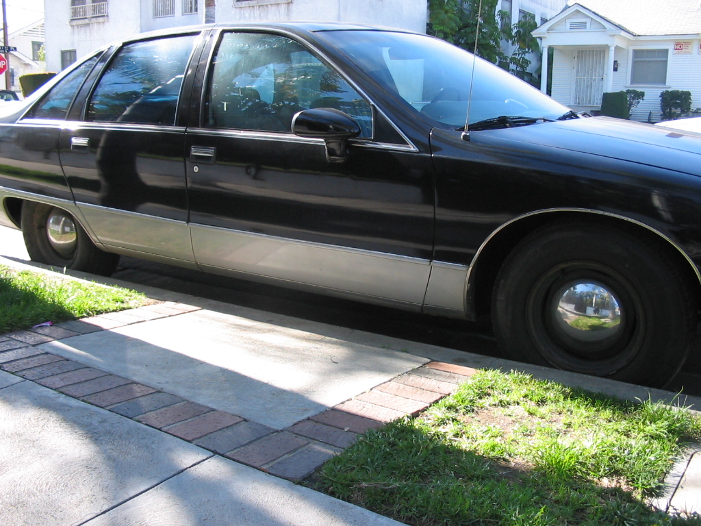 1992 Chevrolet Caprice 4 Dr STD Sedan picture