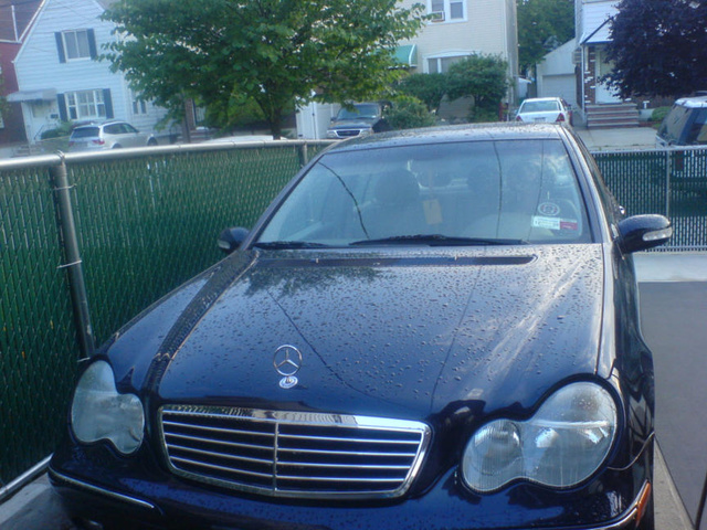 2006 mercedes benz c class overview cargurus for Mercedes benz oil change price
