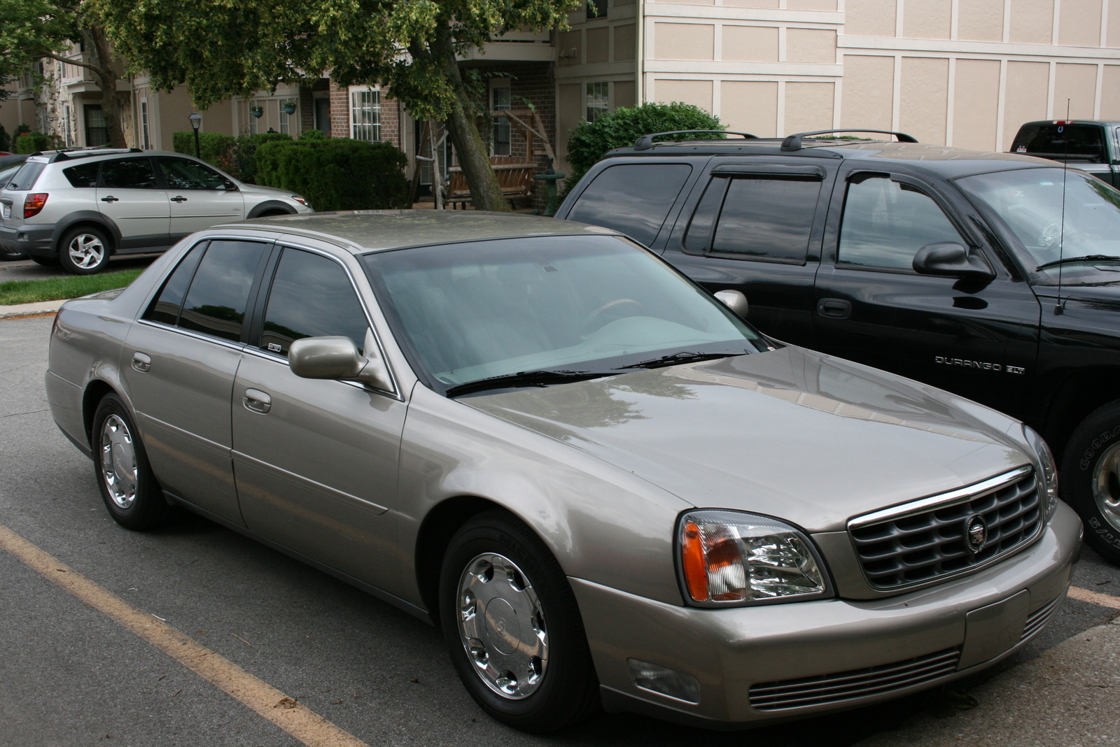 2001 Cadillac Deville - Overview