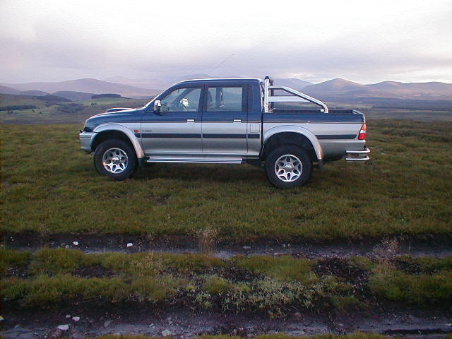 Picture of 2001 Mitsubishi L200
