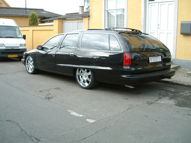 Picture of 1995 Buick Roadmaster