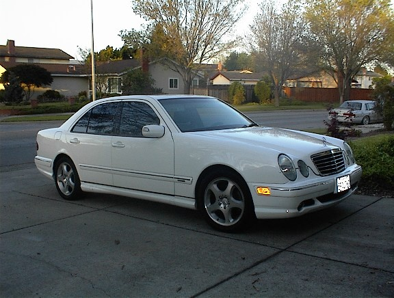 Picture of 2001 Mercedes-Benz E-Class