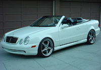 2000 Mercedes-Benz CLK-Class Picture Gallery