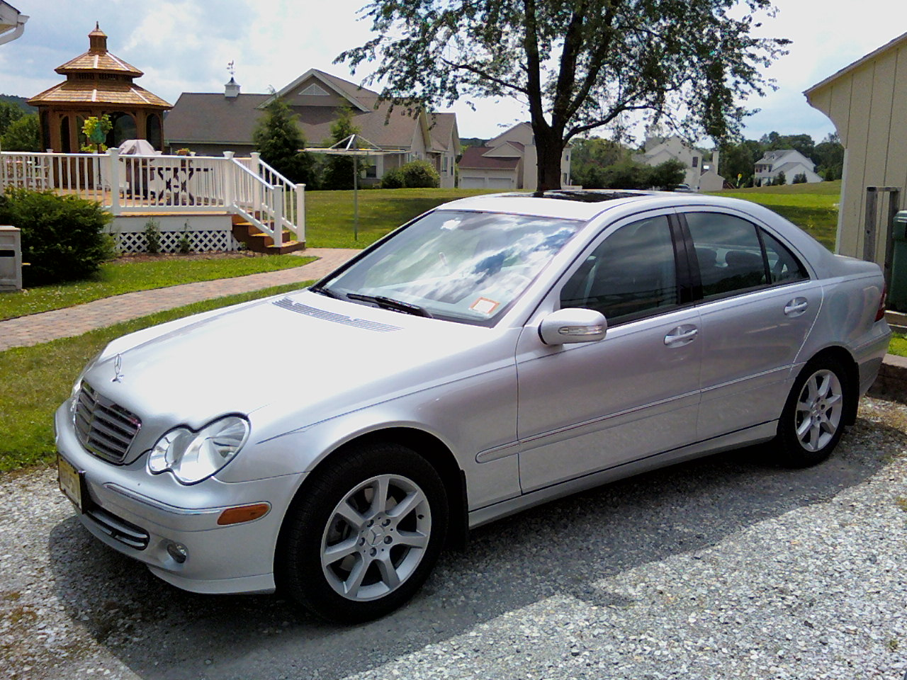 2007 Mercedes C280 Review http://www.cargurus.com/Cars/2007-Mercedes-Benz-C-Class-C280-Luxury-Pictures-t25020_pi18861413?picturesTabFilter=EXTERIOR