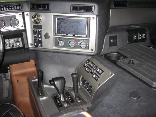 Hummer H3 Alpha Interior