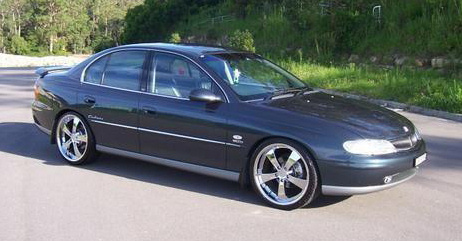 Picture of 2001 Holden Calais