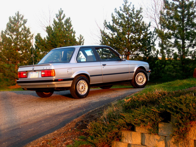 Picture of 1991 BMW 3 Series 318is, exterior