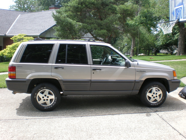 1995 jeep grand cherokee laredo 4wd joel owns this jeep grand cherokee. Cars Review. Best American Auto & Cars Review