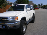 1999 Toyota 4Runner 4 Dr SR5 4WD SUV picture, exterior