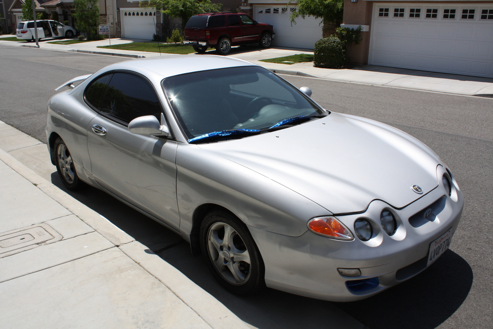 Picture of 2001 Hyundai Tiburon
