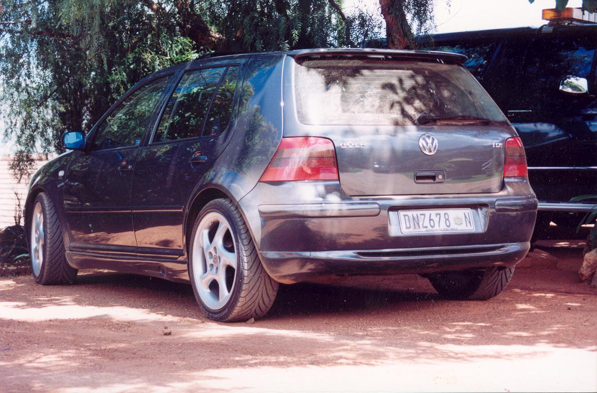 2000 volkswagen golf 1 9 tdi variant automatic related. Black Bedroom Furniture Sets. Home Design Ideas